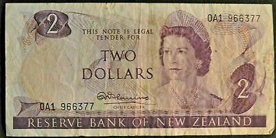 $2 Dollar New Zealand Banknote In Circulated Condition