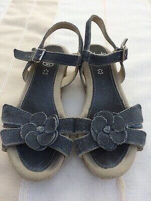 Girls Clarks Sandals Size 10.5, Blue Suede Leather, Wedge, Excellent Condition