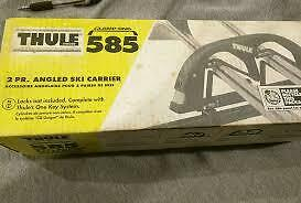 Brand New Thule 585 Lockable Angled Ski Carrier For 2 Pairs Of Skis