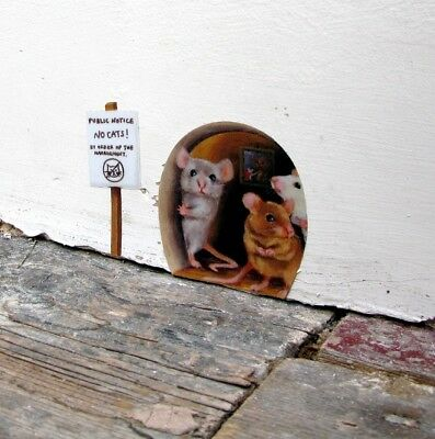 Miniature No Cats! Mousehole wall sticker/ decal door, scaredy mice, mouse hole