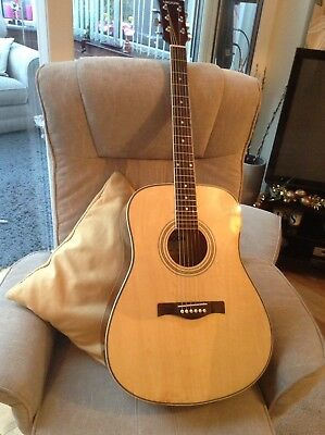 REDUCED GROOVE O41 Dreadnought Acoustic Guitar.
