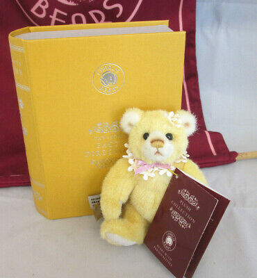 NEW! 2019 Charlie Bears PAWSOME Yellow Library Book Bear (Brand New Stock!)