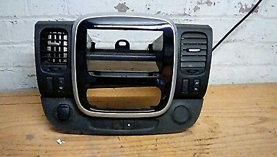 Renault Trafic Mk3 2017 Dashboard Radio Air Vent Surround Trim.
