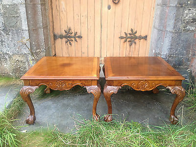 Pair Carved George II Chippendale style Mahogany Coffee Side Lamp Tables LouisXV