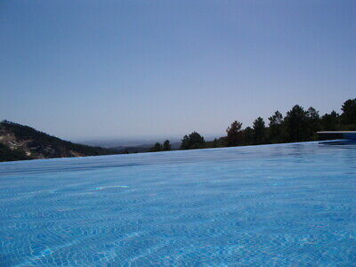 Luxury Villa with Infinity Pool for rent in Beautiful Algarve Portugal