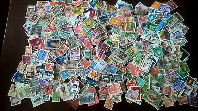 1000+ different worldwide used stamps