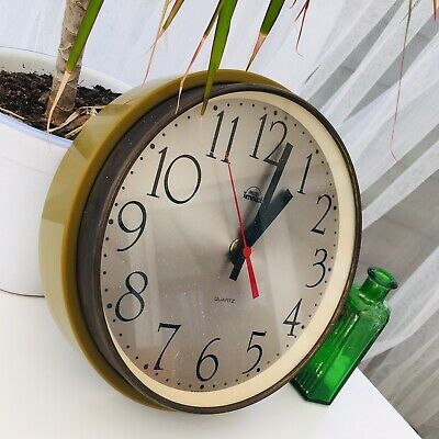 VINTAGE 1960s SMITHS TIMECAL RETRO MID CENTURY GREEN WALL CLOCK