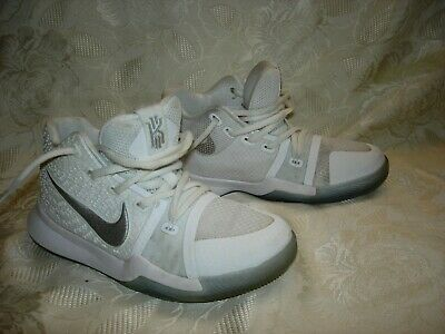 1fe0a45f85a Nike Kyrie Irving Basketball Shoes Youth Boys White 869985-103 Size 1.5 Y