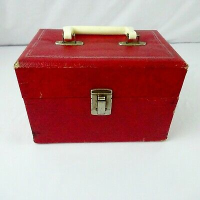 Am Pak Deluxe Red Retro 8 Track Tape Case holds 10