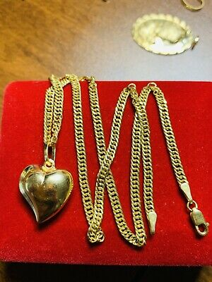 "18K Saudi Gold Heart Necklace With 16"" Long"
