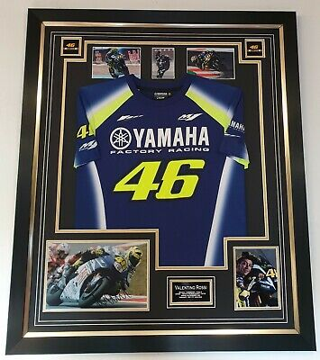 ** VALENTINO ROSSI Signed Photo and SHIRT Autographed Display ** AFTAL DEALER