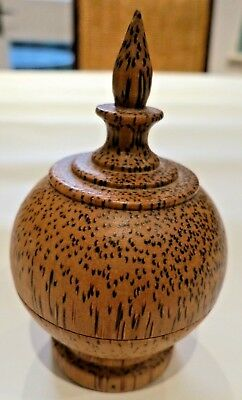 Vintage lidded pot with interesting wood grain