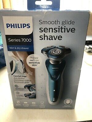 Philips Series 7000 Sensitive Shave Electric Shaver S7370/12 + Precision Trimmer