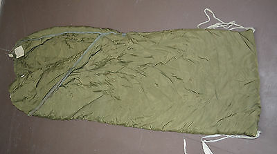 Used Canadian military 1 piece Cold weather outer arctic sleeping bag ( #O-14 )