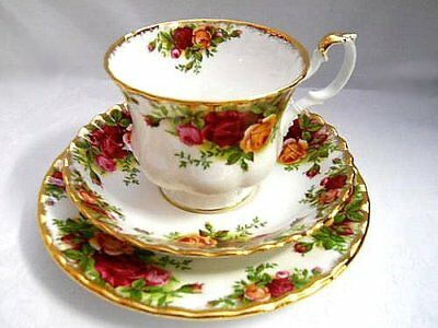 Royal Albert Old Country Roses - TRIO - Made in England