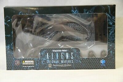 Hiya Toys Aliens: Colonial Marines Xenomorph Crusher 1/18 Scale Action Figure