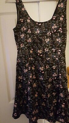 7888aa6b3d67 H & M Divided Women's Black Dress Blue Rose Floral Print Size 8 ...