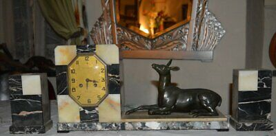 Art Deco French marble clock with garnitures