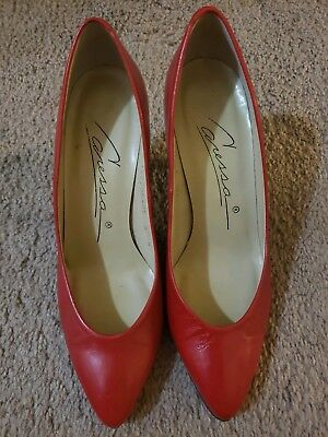 26c97eb78a05a VINTAGE CARESSA HIGH Heel Shoes Red and White Size 6.5S Spain Made ...