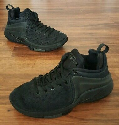 buy popular 35c0a a30de Nike Zoom Witness LeBron James Youth Size 6 Basketball Shoes Black 860272 -001