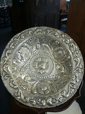 .900 Silver Peruvian Reprousse Footed Large Bowl