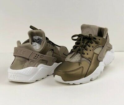 timeless design 4700a fcffe Nike Air Huarache Run Prm Txt Womens AA0523-201 Metallic Khaki Shoes Size  7.5