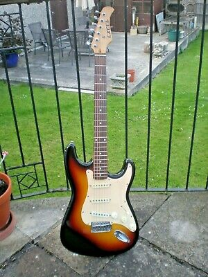 Excel 50's STYLE  Sunburst electric Strat guitar copy