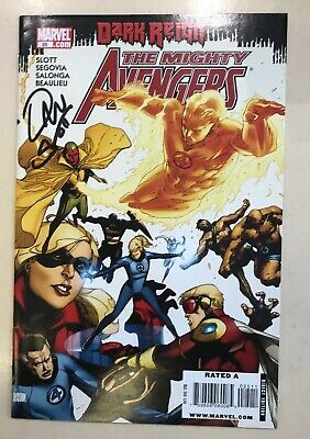 The Mighty Avengers - Comic #025 Signed By Dan Slot