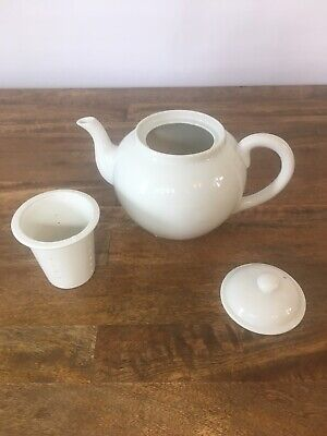 "White Ceramic Teapot Tea Pot Made by HIC Japan 6"" x 4"" includes Strainer"