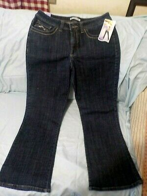402d4423 NEW Ladies Midrise Jeans by Lee, Slender Secret,Bootcut,Size 16 Short,