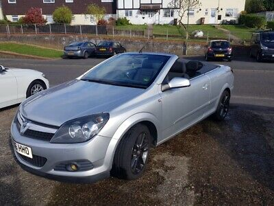 Vauxhall Astra twin top convertible sport
