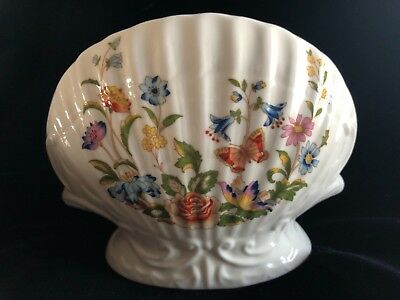 "AYNSLEY COTTAGE GARDEN Bone China 4 ¼"" SHELL VASE Made in England mint condition"
