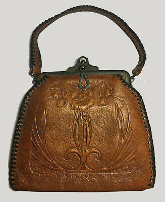 Edwardian Arts And Crafts Embossed Art Nouveau Leather Purse