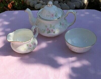 Pretty Heron Fine China Teapot, Milk Jug & Sugar Bowl Set New Price