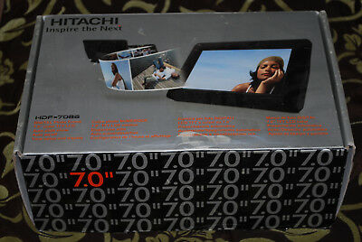 """Hitachi 7"""" HDF-7086 Digital LCD  Photo Frame - Boxed - Unsealed - New"""