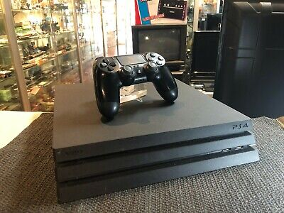 Sony Playstation 4 (Ps4) Pro Console In Black / 1Tb - Bundle !