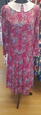 Vintage Laura ashley floral dress size 12 late 70s/ early1980s. Pink