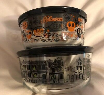 LOT of 2 Pyrex 4 Cup Bowl + Lids Ghosty Spooky Graveyard LIMITED Halloween 2018