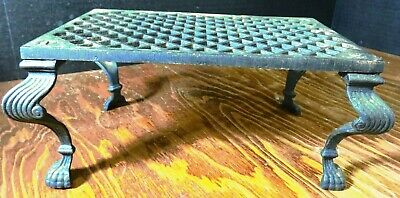 """Vintage Cast Iron Table / Stand w/ Queen Anne Legs 4"""" x 9.5"""" x 6.5"""""""