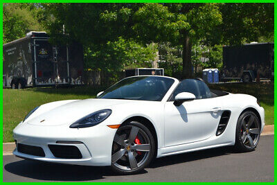 2018 Porsche 718 Boxster S CONVERTIBLE SHOWROOM CONDITION 75+ PICS ONLY 1,387 MI 2.5L H4 TURBO AUTO CONVERTIBLE WHITE OVER BLACK IMMACULATE INSIDE AND OUT!