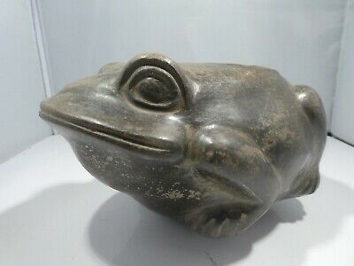 Authentic  Pre Columbian Blackware Moche Frog Vessel From Major Auction House