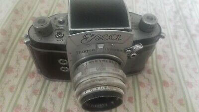 Vintage camera exa with leather missing