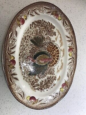 Large oval carving plate. Turkey pattern.