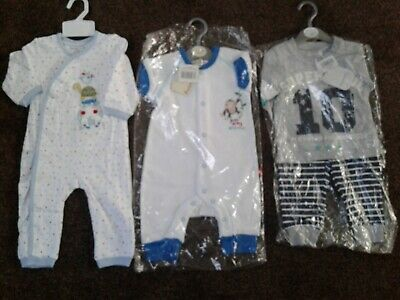 Bundle of baby boys clothes size 6-9 months 6-12 months New