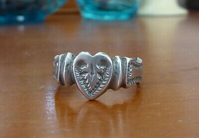 Antique Berber hand made Silver signet ring