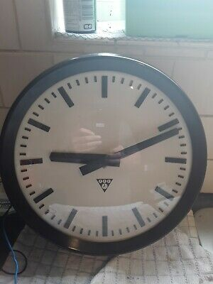 PRAGATRON SLAVE CLOCK 12in DIAMETER