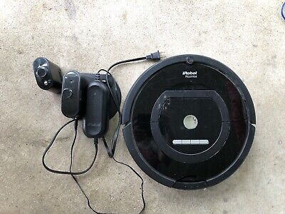 iRobot Roomba 770 Vacuum Cleaning Robot W/ Accessories Tested! Works!