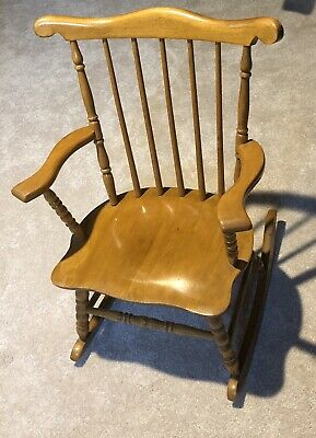 Oak Hill Vintage Childrens rocking chair