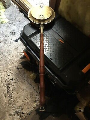 ANTIQUE VINTAGE BRASS BED WARMER WARMING PAN with WOODEN HANDLE