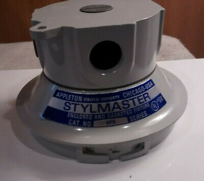 """Appleton VPX75 Stylmaster Ceiling Mounting Hood Incandescent Fixtures 3/4"""""""